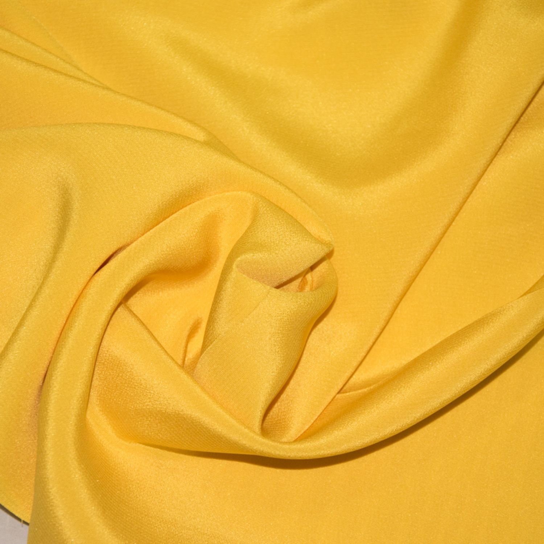 Шелковый крепдешин Valentino желтый